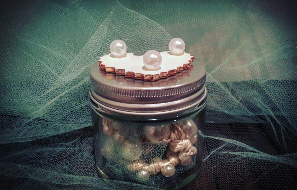 Bracciale in vasetto di vetro riciclato